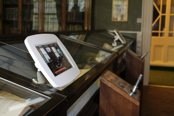 Virtual tour & audio pens at Buxton Museum