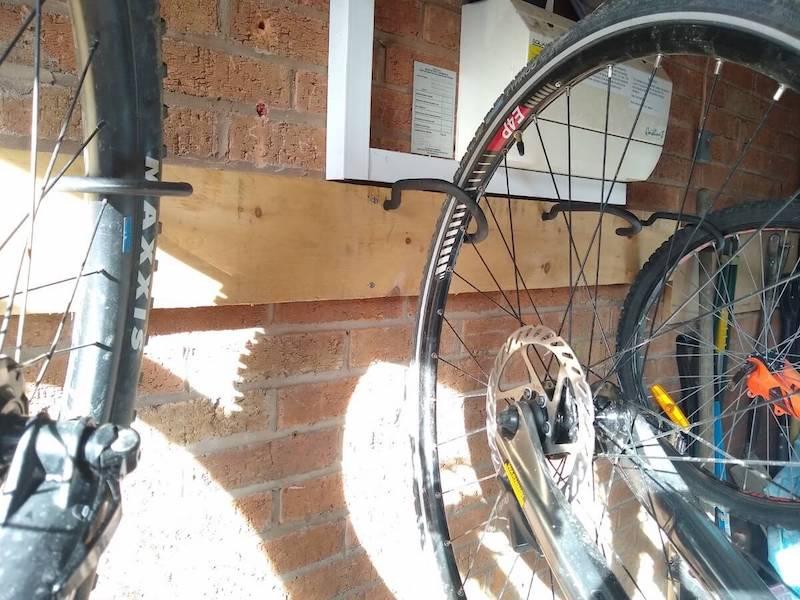 bike-garage-storage-vertical-close-up-hooks